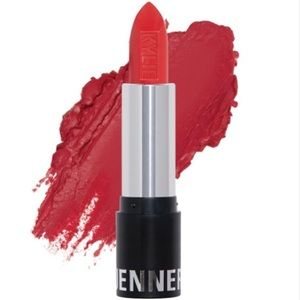 Kylie Jenner Lipstick Boss 💄